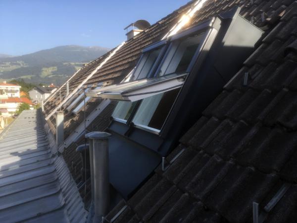 Die Spenglerei-Dachdeckerei Stefan Eder ist ein Spezialist für  den Einbau von VELUX Produkten in der Region Hall in Tirol